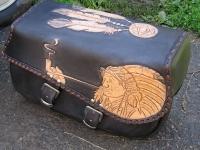 Brašny, kufry a pouzdra na motorku ruční výroby 23