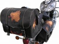 Kufry a pouzdra na motorku 07