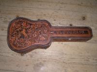 Kožený kufr na kytaru 002