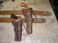 Kožené pouzdro na revolver 02