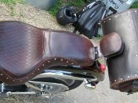 Kožené sedlo na motorku 11